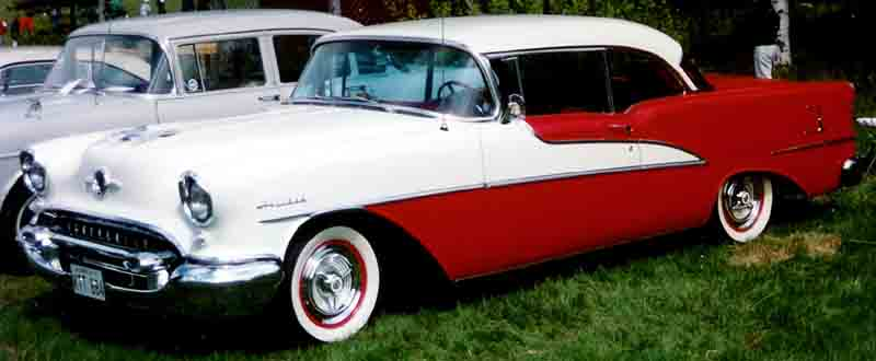 Oldsmobile Holiday 1955